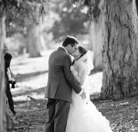 Bride and Groom kissing at Contra Costa Country Club Wedding